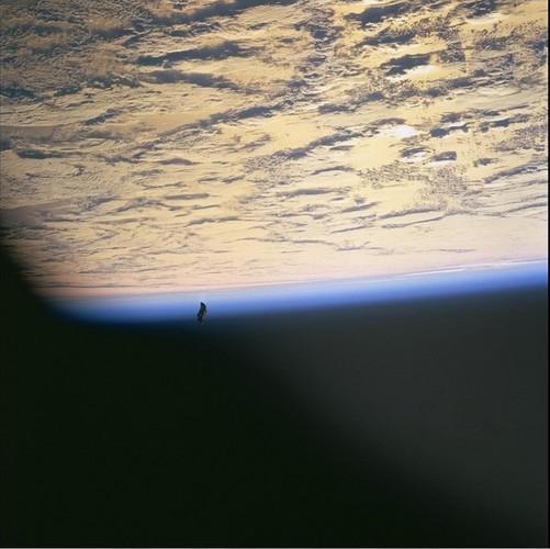 D'autres photos secrètes d'ovnis de la NASA 9
