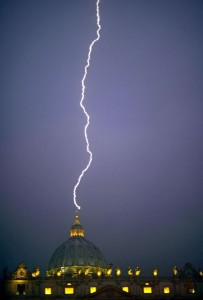 Un Pape, des extraterrestres et des météorites