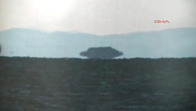 Turquie: énorme ovni vu et photographié sur le lac de Van