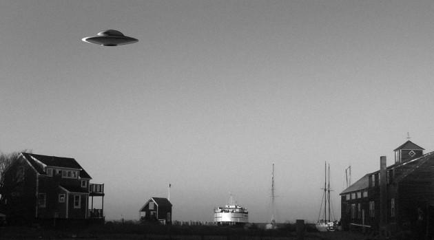 OVNIs, Humanoïdes et Phénomènes Paranormaux