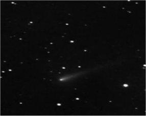 Un énorme objet suit la comète Ison