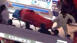 Elle refuse d'arrêter le shopping, il se suicide