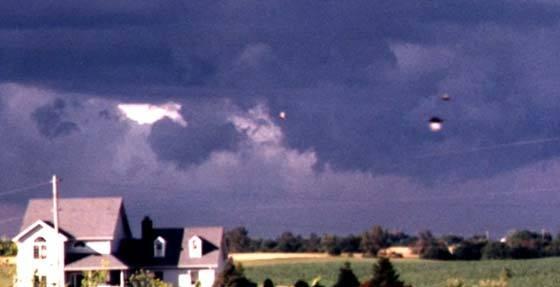 Des OVNIS dans le ciel de l'Illinois
