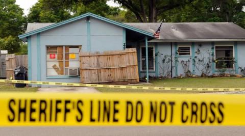 La maison dans laquelle l'homme a été avalé pendant son sommeil.