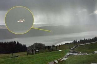 Des ovnis au-dessus du Loch Ness