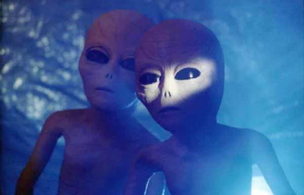 Les extraterrestres sont tous morts et les Terriens vont suivre le même chemin