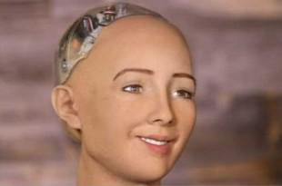 Voici Sophia, le robot humanoïde qui aimerait « détruire les humains »