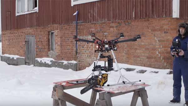 Des Finlandais ont équipé un drone d'une tronçonneuse