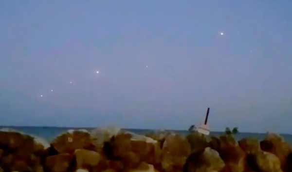 Un ovni pris en vidéo dans le ciel du lac Michigan
