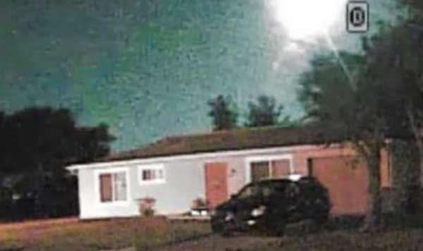 Des boules de feu s'écrasent en Floride