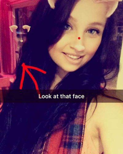Snapchat : un fantôme apparaît sur son selfie !