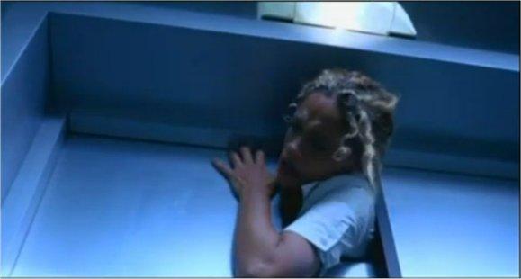 Infirmière décapitée par un ascenceur