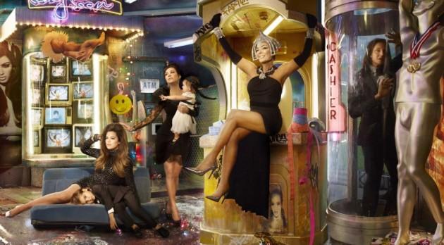 630x348xkardashian-family-holiday-card-2013-1-630x348.jpg.pagespeed.ic.krczy66zeP