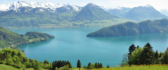 """Le lac suisse des Quatre-Cantons """"trop propre"""" pour les poissons selon un biologiste"""