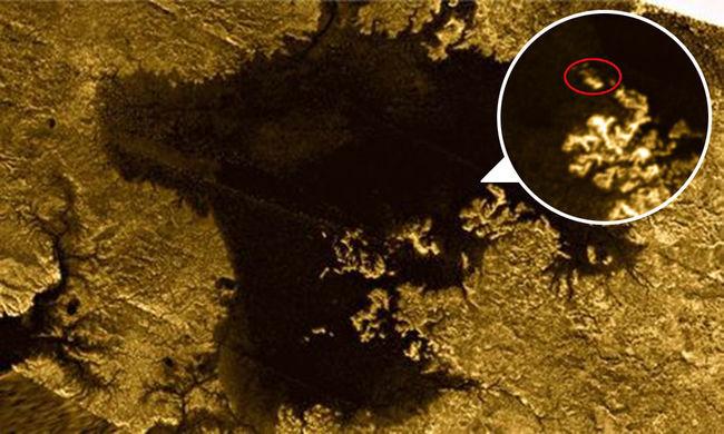 Une île mystérieuse découverte sur Titan