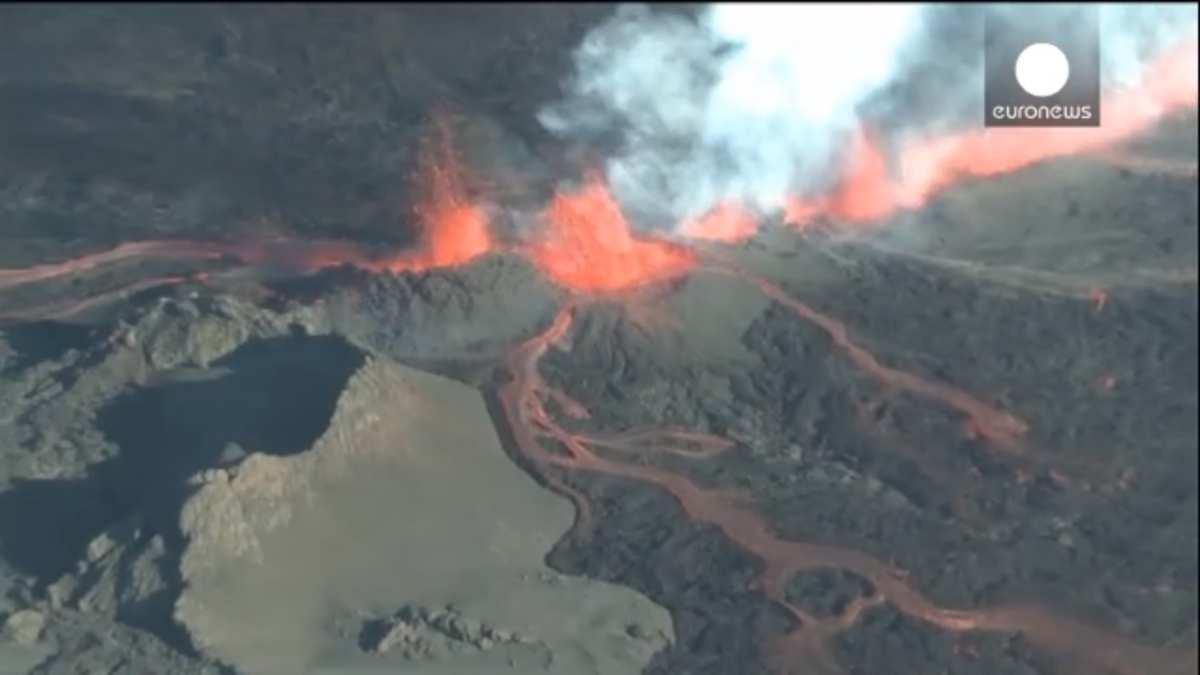 Un nouveau volcan islandais menace l'espace aérien européen