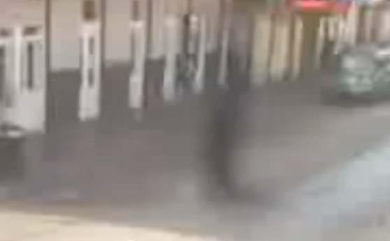 Un démon de 3 mètres de haut se matérialise dans une rue de la Nouvelle-Orléans