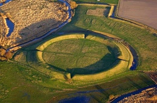 Une énigmatique forteresse viking découverte au Danemark