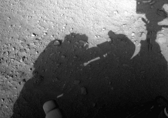 Une ombre humaine photographiée sur Mars ?