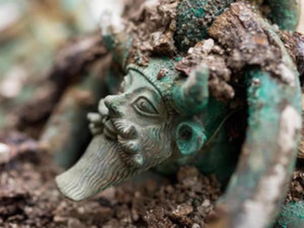 France: Surperbe découverte d'une tombe princière celte