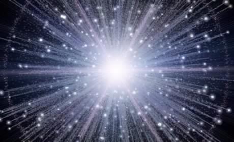 Le Big-Bang aurait créé deux univers, l'un qui avance, l'autre qui recule dans le temps !