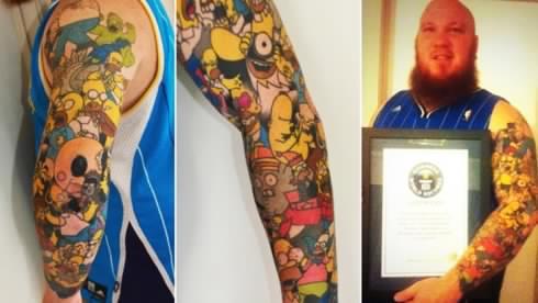 Il se fait tatouer Homer Simpson 41 fois