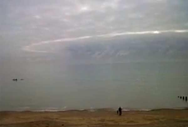 Ovni: Un Disque Géant photographié sur la plage Eastbourne