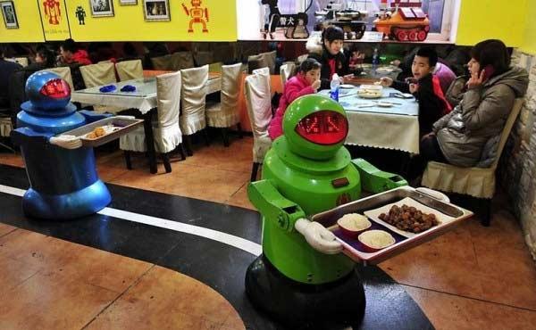 La Chine veut remplacer des millions de travailleurs peu qualifiés par des robots