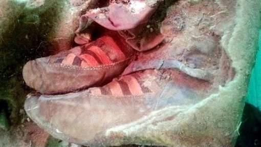 Etrange découverte d'une momie vieille de 1 500 ans portant des chaussures Adidas