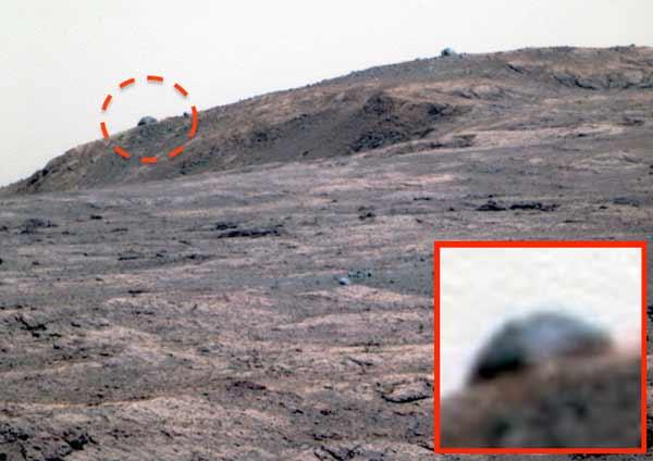 Un dôme parfait photographié sur Mars
