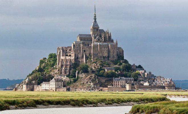 Incroyable découverte de tombes médiévales au Mont-Saint-Michel