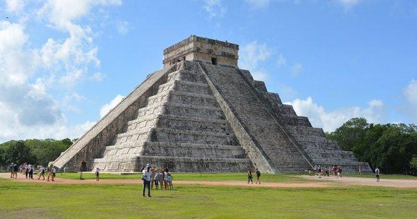 Chichen Itza: Découverte inattendue sous la pyramide de Kukulcan au Mexique