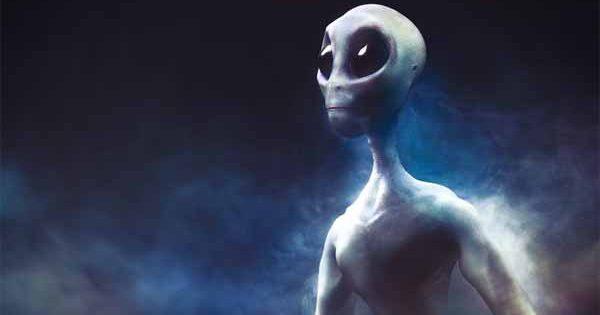 """Vidéo: Un astronaute se confesse avant de Mourir : """"Les Extraterrestres ont empêché une Guerre Nucléaire sur Terre"""""""