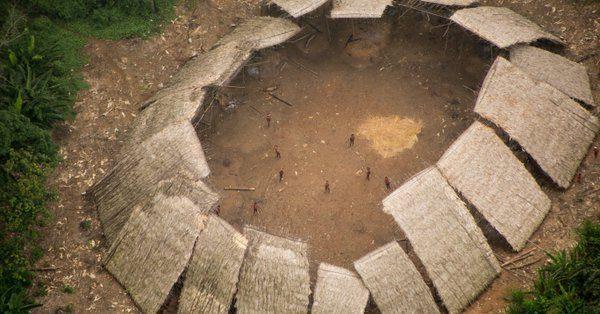 Une tribu isolée d'Amazonie massacrée par des chercheurs d'or