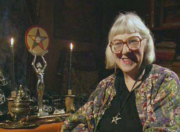 Marian Green, une puissante sorcière, vous explique comment faire de la magie