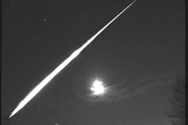 Un OVNI a été aperçu et pris en vidéo en Bourgogne