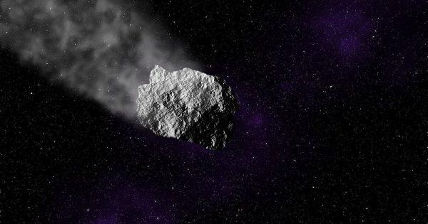 Un astéroïde de la taille des Pyramides égyptiennes fonce vers la Terre