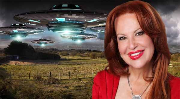 Une candidate aux élections de mi-mandat aux USA estime que son enlèvement par des extraterrestres ne la définit pas