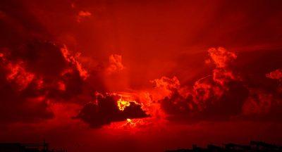 Vidéo: Nibiru ? Un étrange objet rouge repéré dans le ciel américain