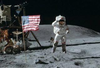La Russie annonce vouloir vérifier si le voyage des Américains sur la lune n'était pas un canular