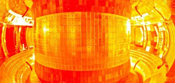 """Le """"soleil artificiel"""" de la Chine est maintenant assez CHAUD pour la fusion nucléaire"""