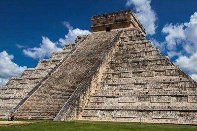 Vidéos: Plus de 60 000 vestiges mayas inconnus découverts au Guatemala