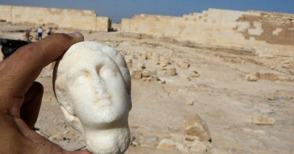 Des archéologues annoncent avoir probablement localisé la tombe de Cléopâtre et de son amant Marc-Antoine