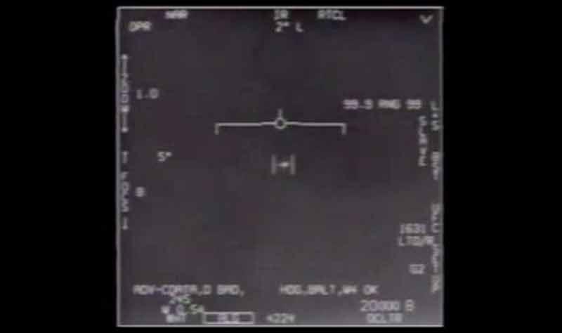 Le Pentagone publie officiellement 3 vidéos d'OVNIS