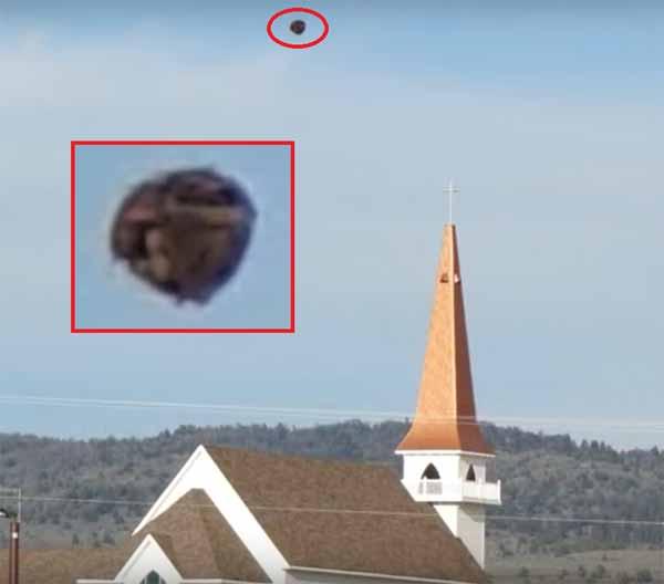 Un OVNI très étrange photographié à Laramie en 2014