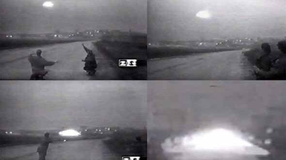 Vidéo: Cet OVNI a atterri près de Moscou en 1995