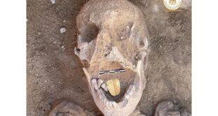 Des archéologues découvrent des momies avec des langues en or